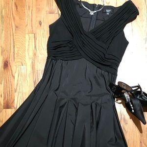 Tadashi Collection, fit and flare, taffeta dress.